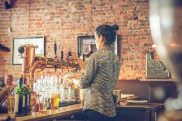 Lokale vinforretninger er fulde af oplevelser